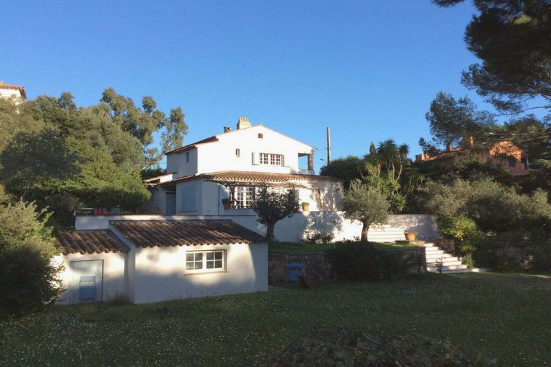 Photo Villa Sainte-Maxime Plage de la nartelle,   to buy villa  5 bedrooms   180 m²