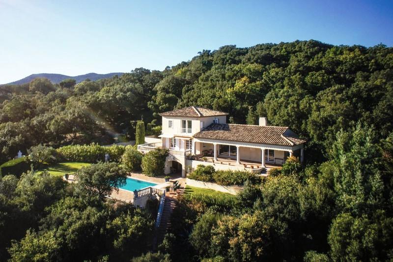 Photo Villa Grimaud Proche plages ét golf!,   achat villa  5 chambres   300m²