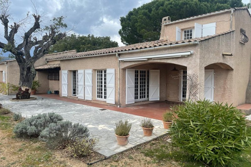Photo House Grimaud Proche plages ét golf!,   to buy house  4 bedrooms   137 m²