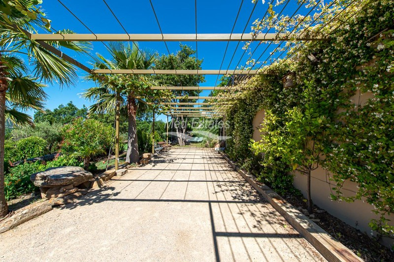 Photo n°6 - Vente maison récente La Garde-Freinet 83680 - 3 450 000 €