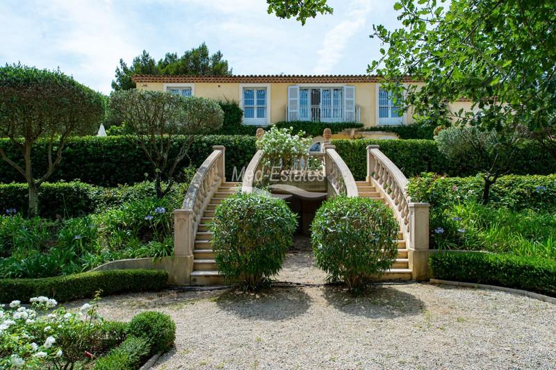 Villa Gassin Proche plages ét golf!,   achat villa  4 chambres   250m²