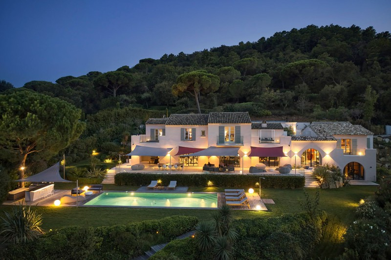 Villa Saint-Tropez Proche centre ét plages!,   to buy villa  7 bedrooms   550 m²