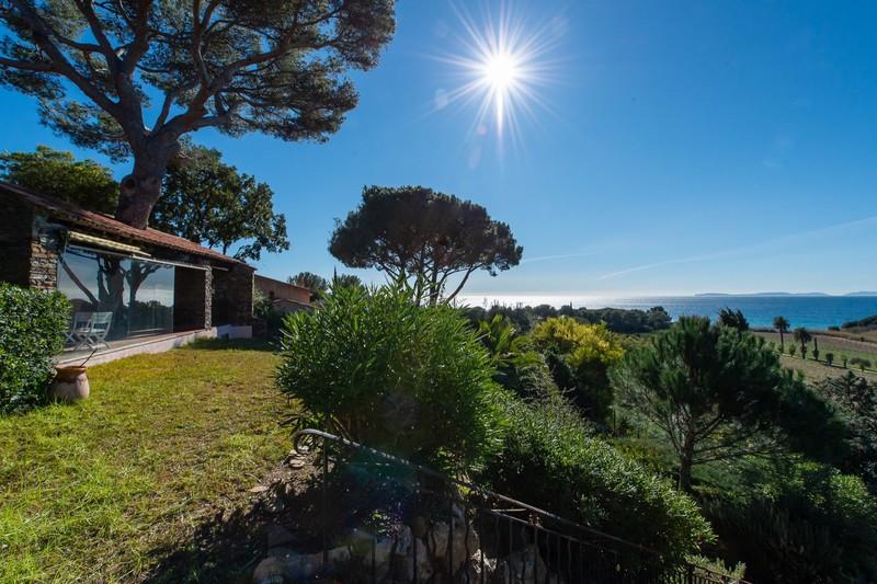Photo n°2 - Vente Maison villa provençale La Croix-Valmer 83420 - 2 850 000 €
