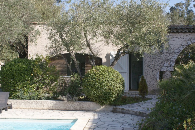 Photo House Grimaud Proche plages ét golf!,   to buy house  3 bedrooms   100 m²