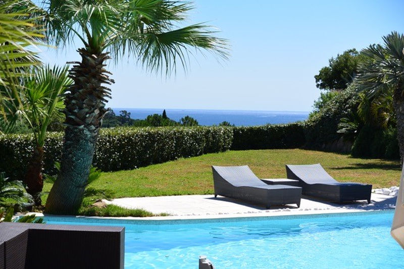 Photo Villa Grimaud Proche plages ét golf!,   to buy villa  5 bedrooms   250 m²