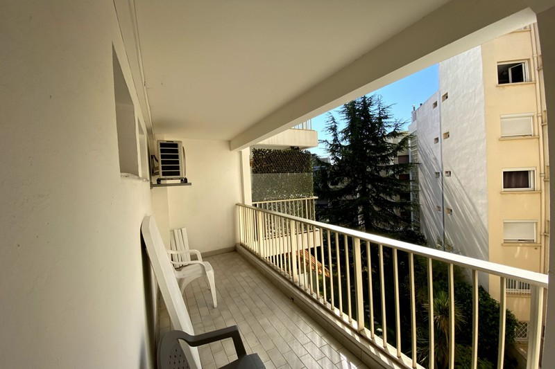 Photo n°4 - Location appartement Juan-les-Pins 06160 - 850 €