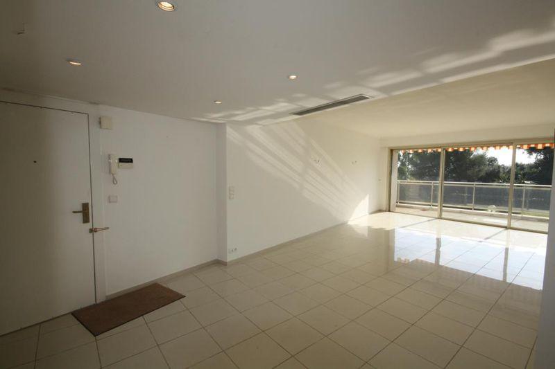 Photo n°3 - Vente appartement Cap d'Antibes 06160 - 995 000 €