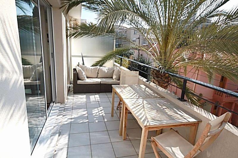 Photo n°1 - Vente appartement Juan-les-Pins 06160 - 255 000 €