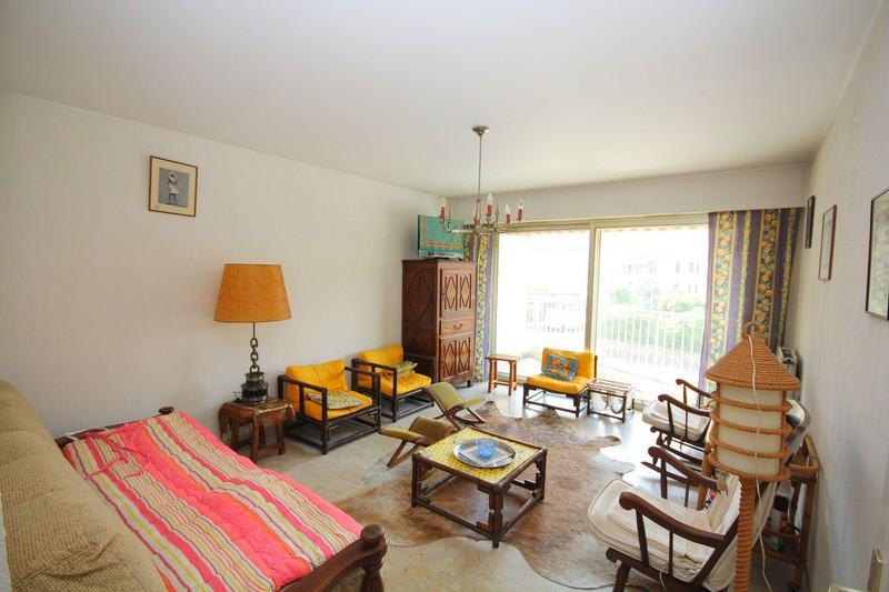 Photo n°1 - Vente appartement Juan-les-Pins 06160 - 225 000 €