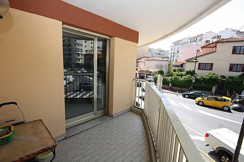 Photo n°2 - Vente appartement Juan-les-Pins 06160 - 225 000 €
