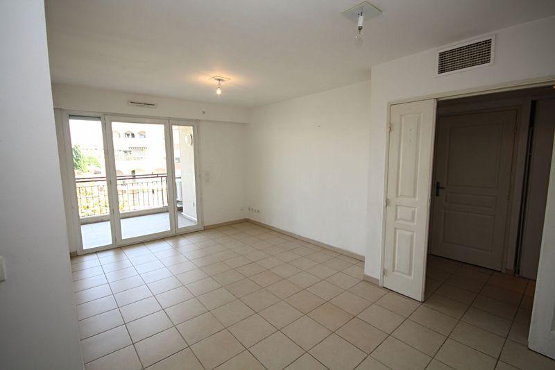 Photo n°2 - Vente appartement Juan-les-Pins 06160 - 175 000 €