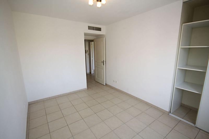 Photo n°4 - Vente appartement Juan-les-Pins 06160 - 175 000 €