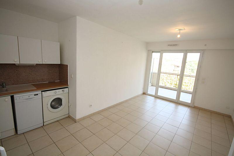 Photo n°2 - Vente appartement Juan-les-Pins 06160 - 190 000 €