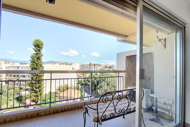 Photo n°5 - Vente appartement Juan-les-Pins 06160 - 320 000 €