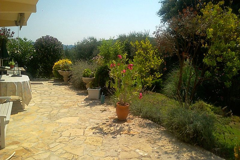 Photo Villa La Colle-sur-Loup Village,  Hire villa  2 bedroom   120 m²