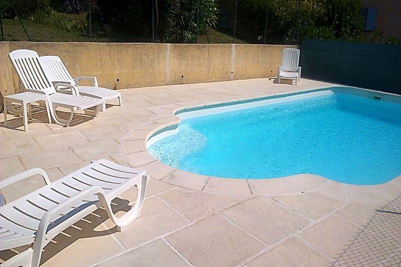 Villa La Colle-sur-Loup Village,  Location villa  2 chambres   120m²