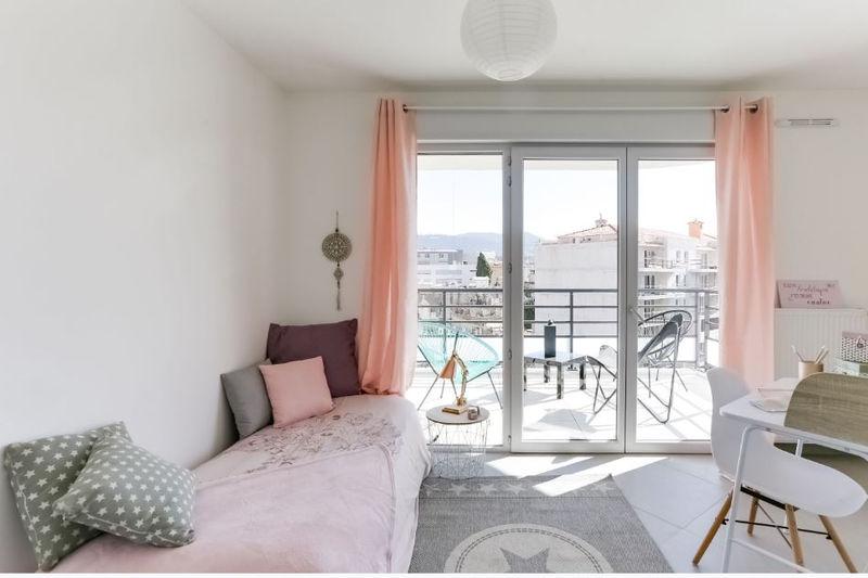 Photo n°7 - Vente appartement Nice 06100 - 360 000 €