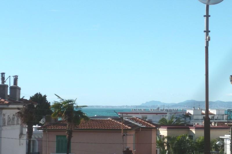 Photo Appartement Nice Le port,   achat appartement  2 pièces   58m²