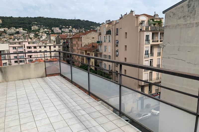 Photo Appartement Nice Riquier,   achat appartement  3 pièces   61m²