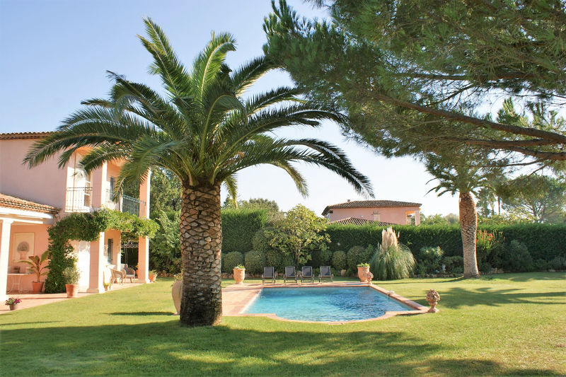 Photo Villa Grimaud Proche plages ét golf!,   to buy villa  4 bedrooms   165 m²