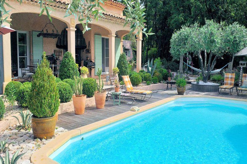 Villa Seillans   achat villa  3 chambres   111m²