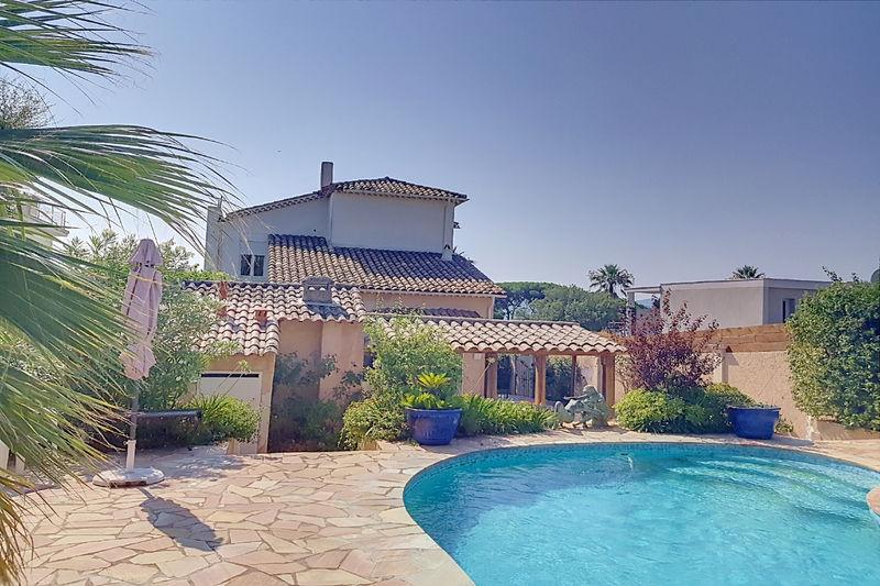 Photo Villa Grimaud   achat villa  4 chambres   240m²