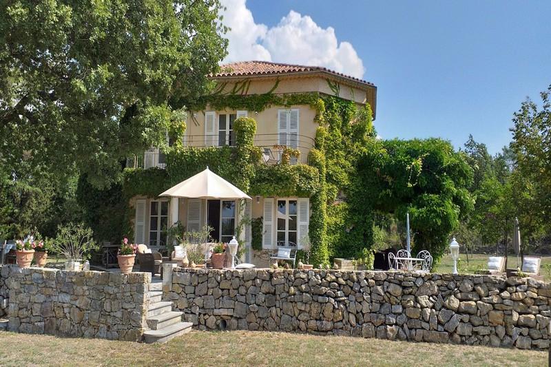 Villa Tourrettes   achat villa  5 chambres   240m²
