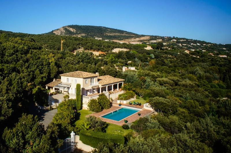 Photo Villa Grimaud Beauvallon golf et plages,   achat villa  5 chambres   300m²