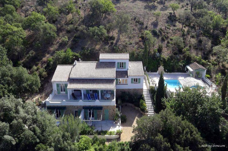 Photo Villa provençale Grimaud Avelan,   achat villa provençale  5 chambres   253m²