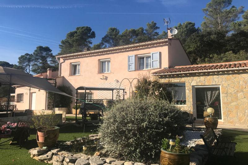 Photo Villa Le Cannet-des-Maures   to buy villa  5 bedrooms   215m²