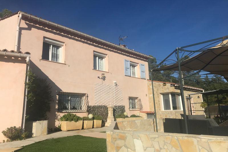 Photo n°3 - Vente Maison villa Le Cannet-des-Maures 83340 - 600 000 €