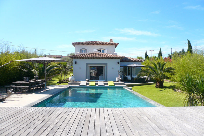 Photo Villa Cogolin Pres du centre,   achat villa  4 chambres   180m²