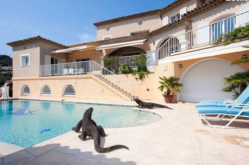 Villa Les Issambres   achat villa  4 chambres   200m²