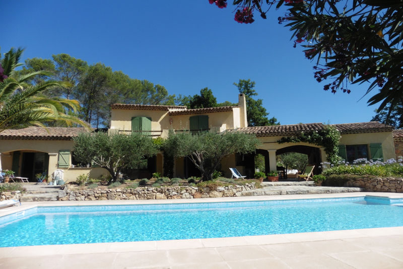 Photo Villa Seillans   to buy villa  5 bedrooms   250 m²