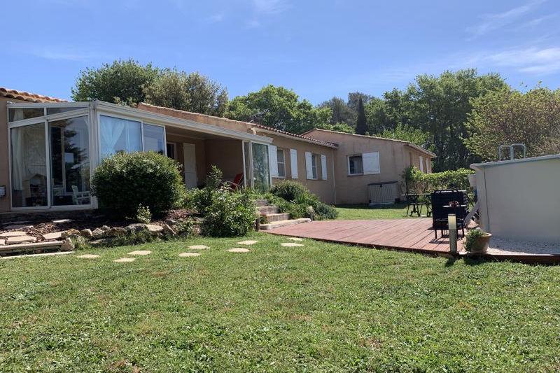 Villa Lorgues   achat villa  4 chambres   155m²