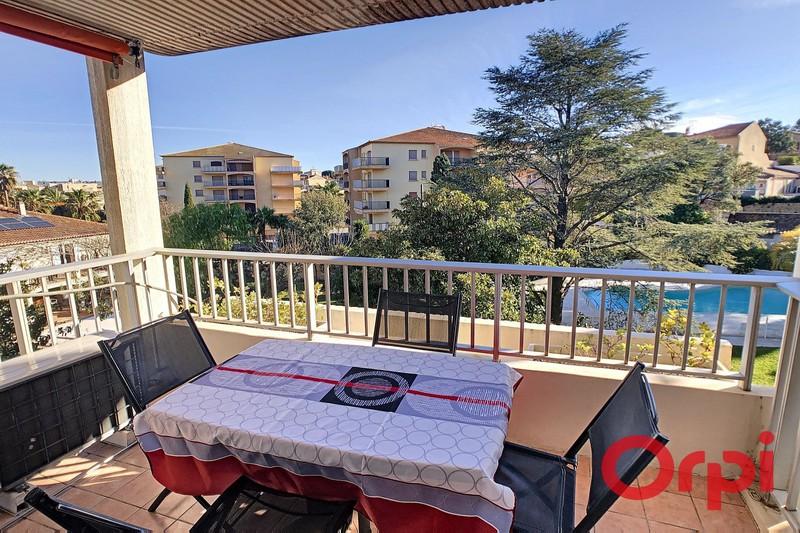 Photo Appartement Sainte-Maxime Centre-ville,  Location saisonnière appartement  2 pièces   47m²