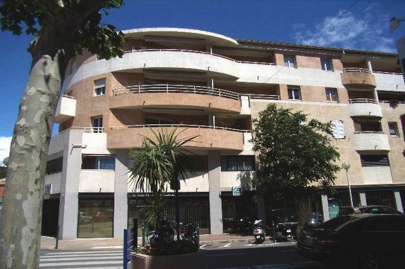 Photo Apartment Sainte-Maxime Centre-ville,  Vacation rental apartment  2 rooms   45m²