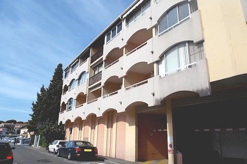 Photo Apartment Sainte-Maxime Centre-ville,  Vacation rental apartment  2 rooms   28m²