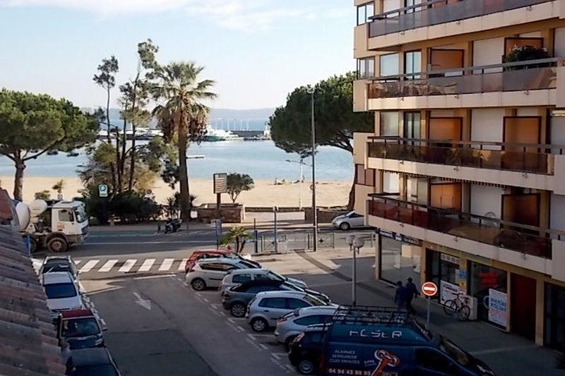 Photo Apartment Sainte-Maxime Centre-ville,  Vacation rental apartment  2 rooms   30m²