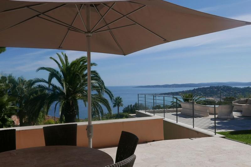 Photo Maison contemporaine Sainte-Maxime Proche plages,  Vacation rental maison contemporaine  5 bedroom   250m²