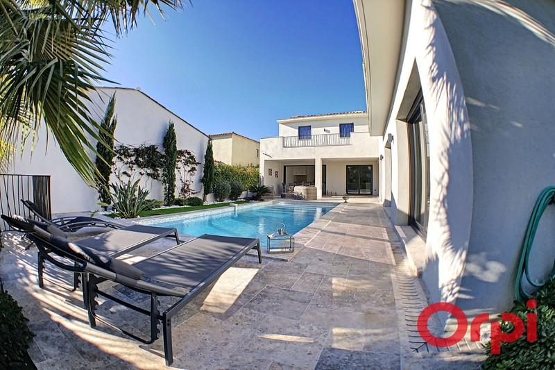 Photo Villa Sainte-Maxime Quartier les moulins,  Vacation rental villa  3 bedroom   180m²