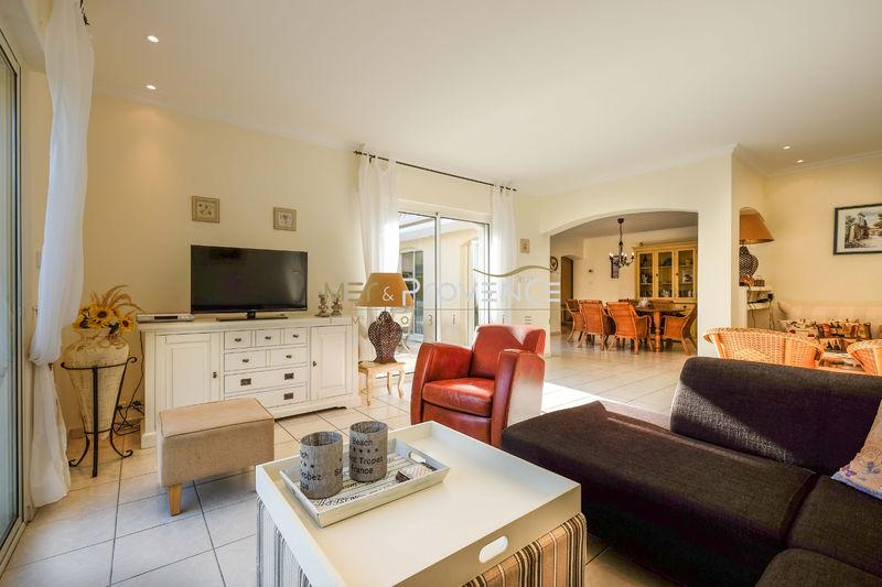 Photo n°2 - Vente Maison villa Sainte-Maxime 83120 - 990 000 €
