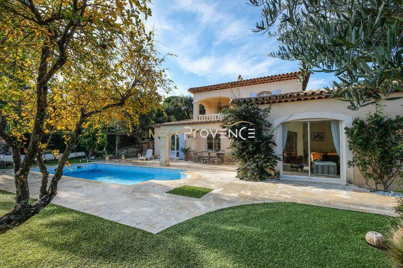 Photo n°1 - Vente Maison villa Sainte-Maxime 83120 - 990 000 €