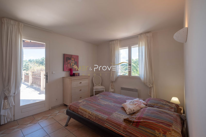 Photo n°7 - Vente Maison villa Sainte-Maxime 83120 - 965 000 €