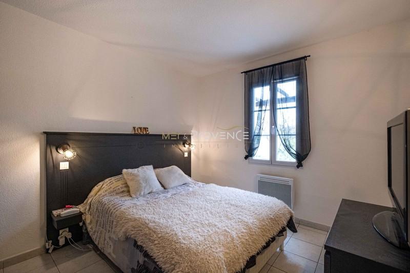 Photo n°5 - Vente appartement Le Plan-de-la-Tour 83120 - 165 000 €