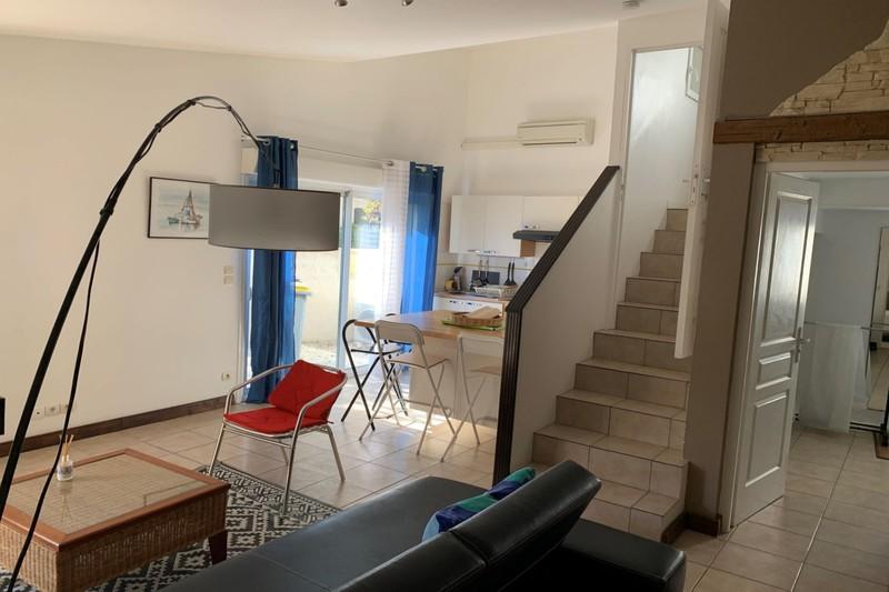 Photo Appartement La Grande-Motte  Location appartement  2 pièces   40m²