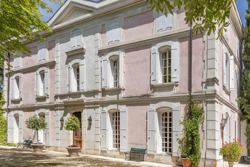 Photos Une maison en Provence - article Résidences Immobilier