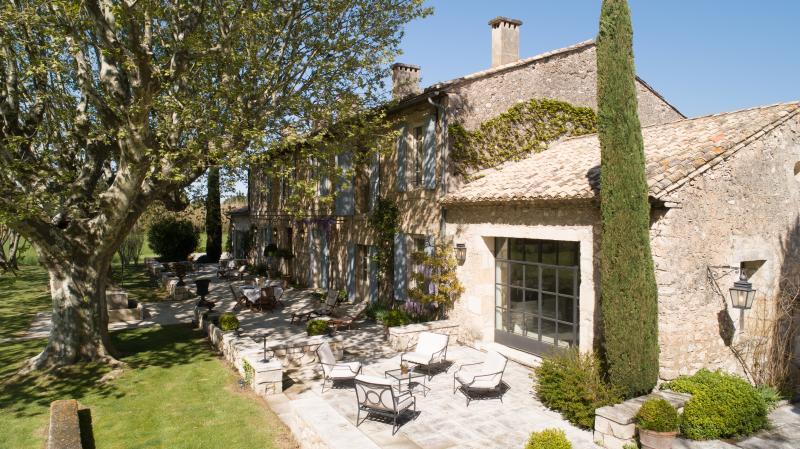 Photos L'achat d'un bien de prestige à Saint-Rémy-de-Provence