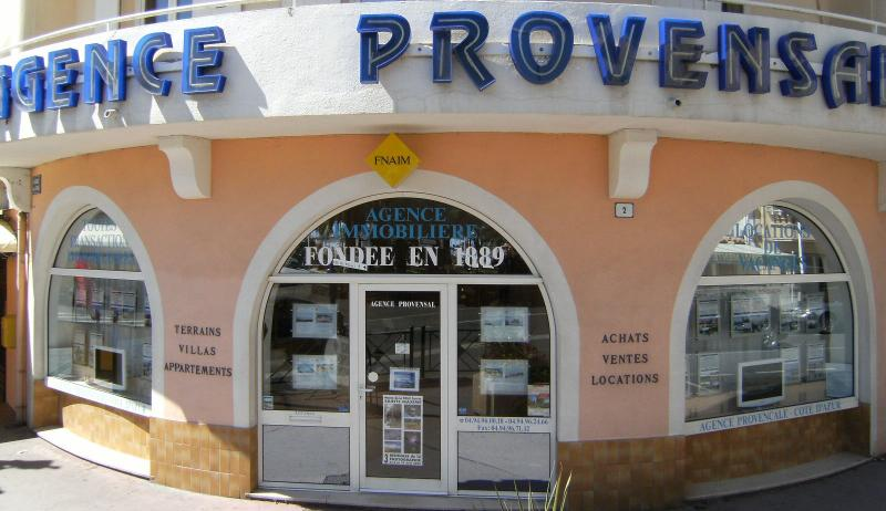 Photos  L'Agence Immobilière Provensal à Sainte-Maxime : un partenaire de choix pour vendre votre bien immobilier.