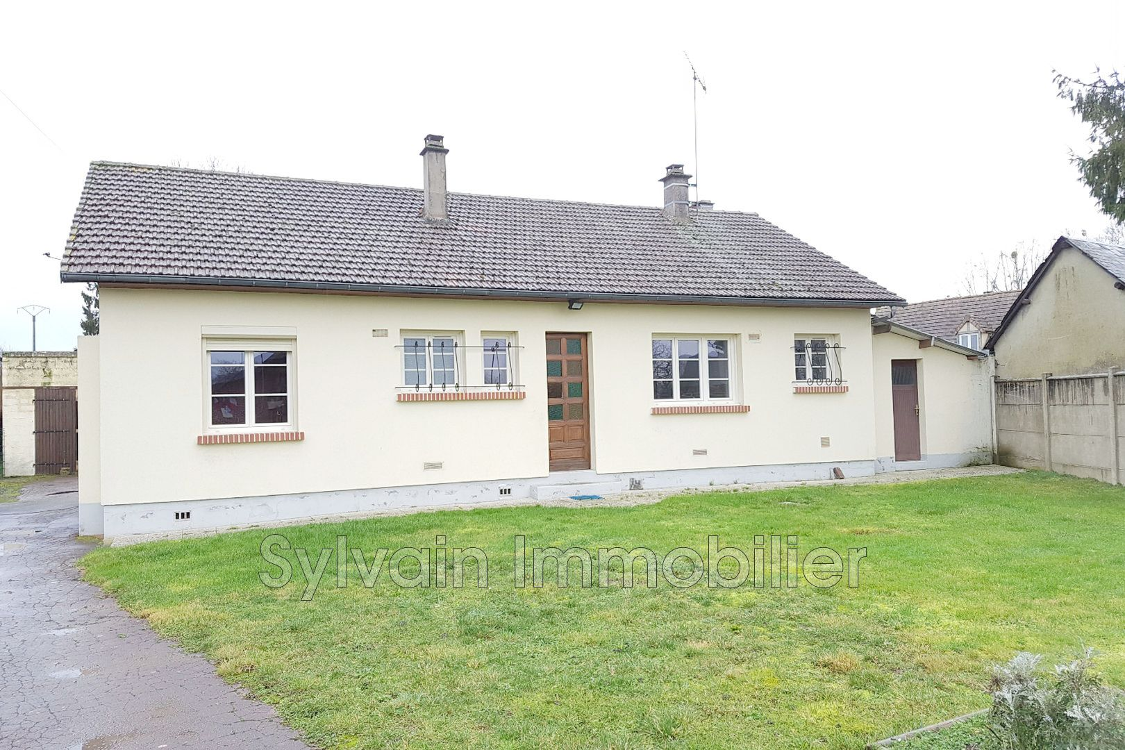 Vente maison proche de marseille en beauvaisis 60690 158 for Maison de marseille